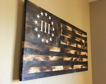 Burnt wooden American flag 3%