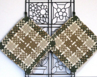GK's Kitchen - One Pair - Taupe, Beige Dark Green and White Plaid Potholders.   Item # GK's Kitchen - Fall 00301
