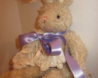 Shabby Vintage Look Little Bunny