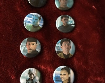 Star Trek set of 8 badges