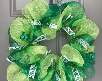 Saint Patrick's Day Wreath. St Patty's Wreath. Green Wreath. Front Door Wreath.