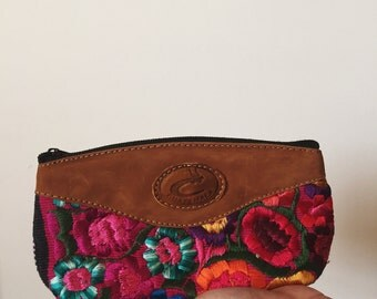 Guatemala Embroidered Makeup Bag / Boho Flower / Leather Details / School Supplies