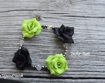 Green and Black Rose Stretch Bracelet (Free Shipping/Handmade)