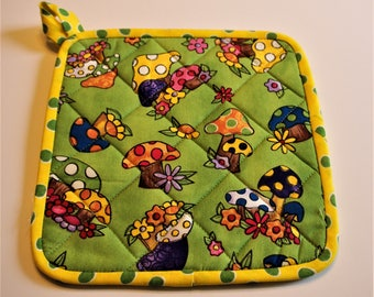 Pot Holders, Quilted Pot Holders, Hot Pads, Quilted Hot Pads, Kitchen Potholders,  Trivets, Quilted Trivets, Fabric Pot Holders, Whimsical