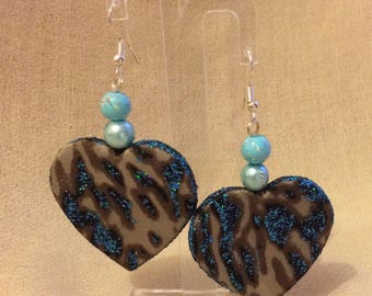 Blue Leopard heart earring