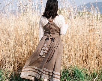Long brown fairytale pinafore with nordic patterns / Japanese vintage / Folk / Fairytale / Woodland / Baby blue zigzag lines / XS-small