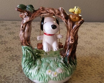 Snoopy in a swing music box 1972