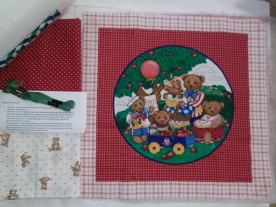 Apple Picking Bears - Pillow Quilt Kit 109