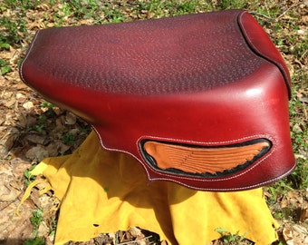 Motorcycle seat- Wings in the wind seat