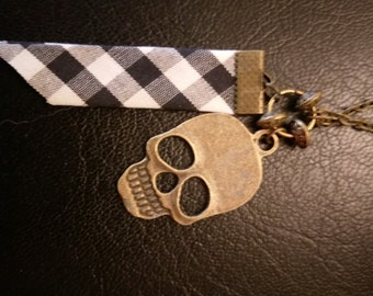 Vichy and skull necklace