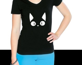Cat woman black v-neck T-shirt