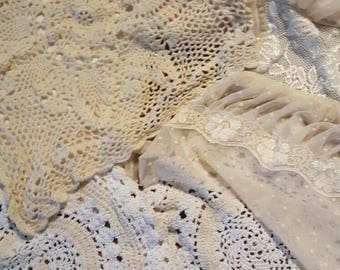 Vintage and new linen and lace lot 9