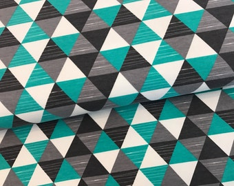 0,5M sweat * triangles grey-mint * by Petra Laitner