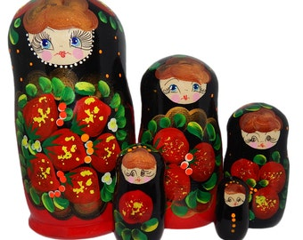 Art Nesting Doll with strawberries, Souvenirs, gift for birthday, anniversary, wedding, mother's day, father's day | 5 in 1