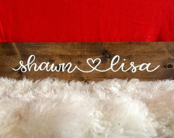 Couples' name sign