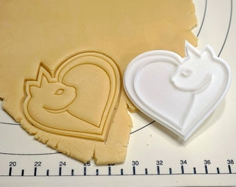 Cat with Heart Shape Cookie Cutter and Stamp