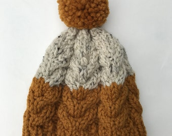 Two-toned Cable Knit Beanie: Butterscotch