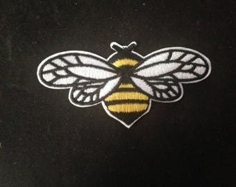 fat bee Patch Embroidered Applique Sew On /Iron on Patch  go126