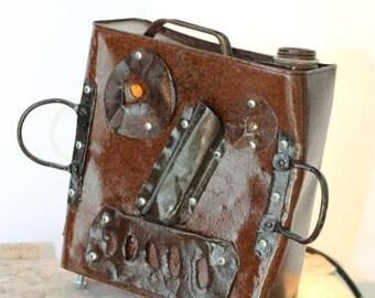 Loopy - Glossed metal robot figure lamp