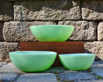 Vintage Set of Jadeite Mixing Bowls   Jadeite Nesting Bowls   3 Matching Jadeite Mixing Nesting Bowls   Modern Jadeite Kitchen Bowls  