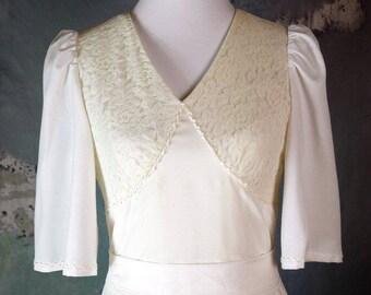 European Vintage Wedding Dress, 1970s Wedding Gown, White Bridal Gown, Simple Retro Wedding Dress, Boho Wedding: Size 10 US, Size 14 UK