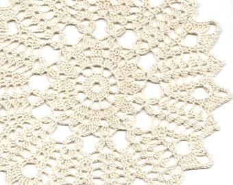 Wedding Doily Crochet Doilies Lace Lacy Table Decoration Crocheted Placemat Centerpiece Tablecloth Weddings Photography Prop Vintage Stylish