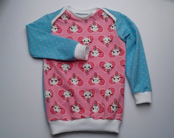 Long Sleeve T-Shirt with a small cat in size 98 single-piece