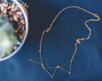Geometric Triangle Statement Wire Necklace Gold/Silver