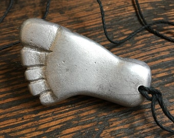 Bigfoot Necklace, Footprint Pendant, Bigfoot Pendant, Bigfoot Jewelry, Footprint Jewelry, Bigfoot, Sasquatch, Bigfoot Cast, Bigfoot Foot,