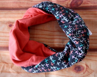 Reversible infinity scarf 6-36 months