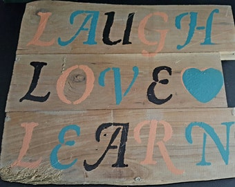 Reclaimed material inspiration sign