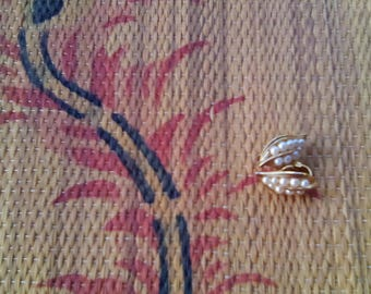 Vintage Trifari Gold and Faux Pearl Leaf Clip On Earrings Jewelry Accesory