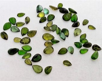 Natural Green TOURMALINE  faceted pear shaped,cut stone,  3x4 mm -- 4x6 mm ,14 ct. 54 pieces  [E0338]