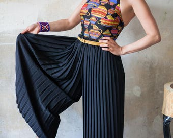 Vintage 80s Black Pleated Culote Pants