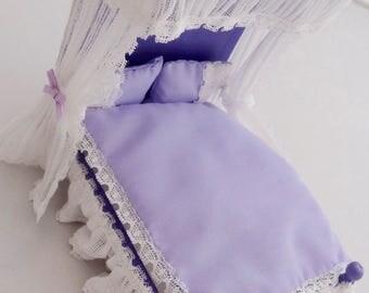 Half Tester Bed