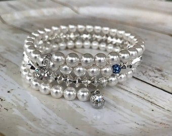 Pearl and bicone bracelet with Swarovski pearls and rhinestones