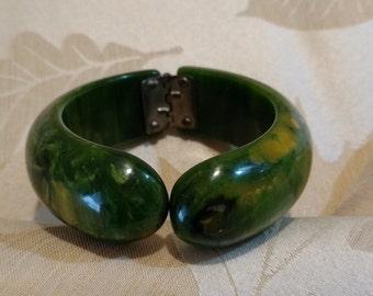 Vintage Bakelite Clamper Spinach Green Bracelet Circa SALE!