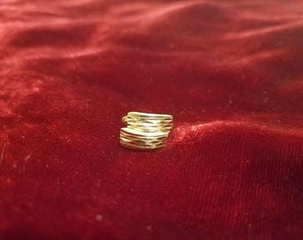 14kt Yellow gold Etched Earrings