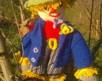 Doll knitting Sam the scarecrow