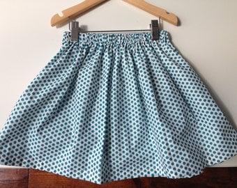 Skirt girl in cotton print blue peas
