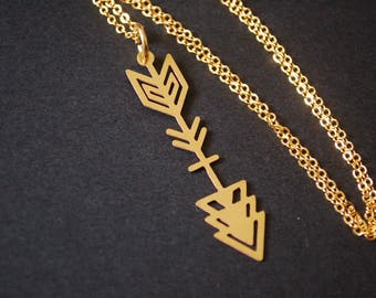 metal cut arrow necklace