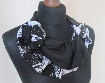 neck accessory