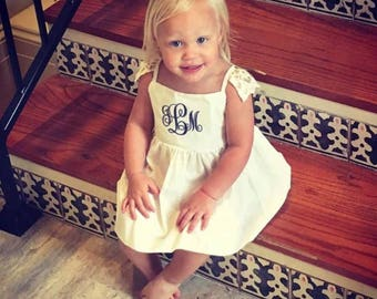Girls white Dress, Girls monogrammed, Monogrammed baby dress, personalized baby dress, dress with bloomers, summer baby dress, toddler dress