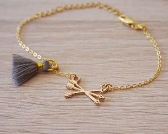 Bracelet arrow feather tassel, gold plated 18 k, bracelet boho design trend