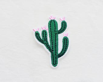1x green CACTUS pink flower PATCH  Iron On Embroidered Applique Mexico desert nature plant tree summer vacation relax custom diy fun