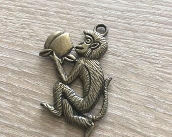 Antique Bronze Metal Monkey Charms / Monkey / Jewelry / Bracelet Charms / Necklace Charms / Antique Monkey / Bronze Charms