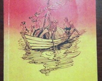 """Vintage book Jerome K. Jerome """"Three Men in a Boat (to say nothing of the dog)"""" Russian language"""