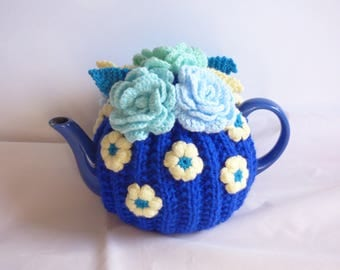 Flower teapot cosy/ knitted teapot cosy/ Blue teapot cosy/ Handmade teapot cozy
