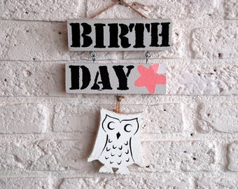Wooden text sign ' Birthday '