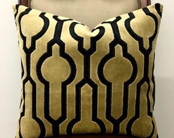 Mustard Velvet Pillow Cover, Mustard Pillows, Velvet Pillow, Throw Pillow, Decorative Pillows, Velvet Cushion, Mustard Velvet Pillow Covers
